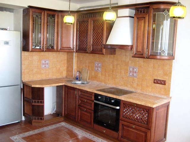 Классические кухни из массива в Гомеле
